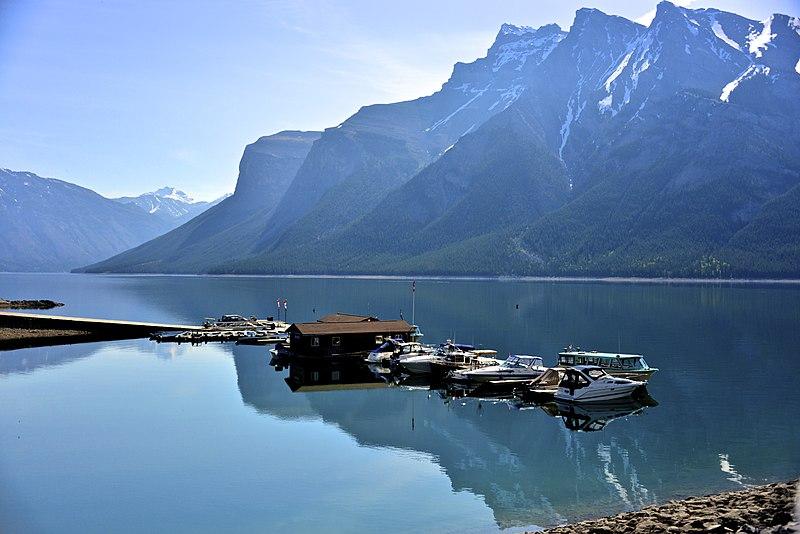 The Best Lakes In Alberta 0